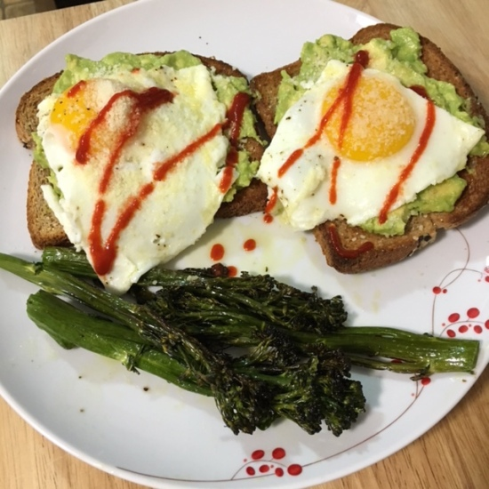 Avo_Egg_Toast
